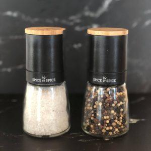 keramisk kvaerne med salt og peber