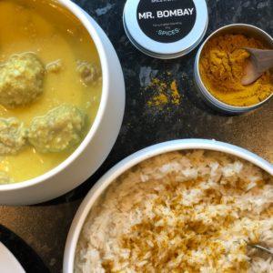 karrymix Mr. Bombay sammen med boller i karry